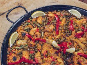 paella met vlees paella cochinita